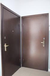 Металлические двери  от  Компании Страж